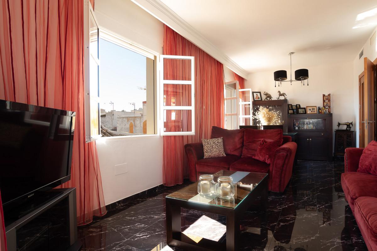 2 Bedroom Apartment for sale Coín
