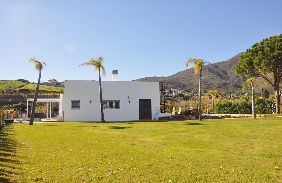 5 bedroom villa for sale mijas golf
