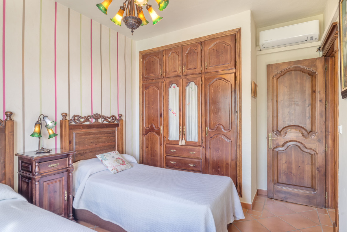 House in Alhaurín el Grande R3862486 14