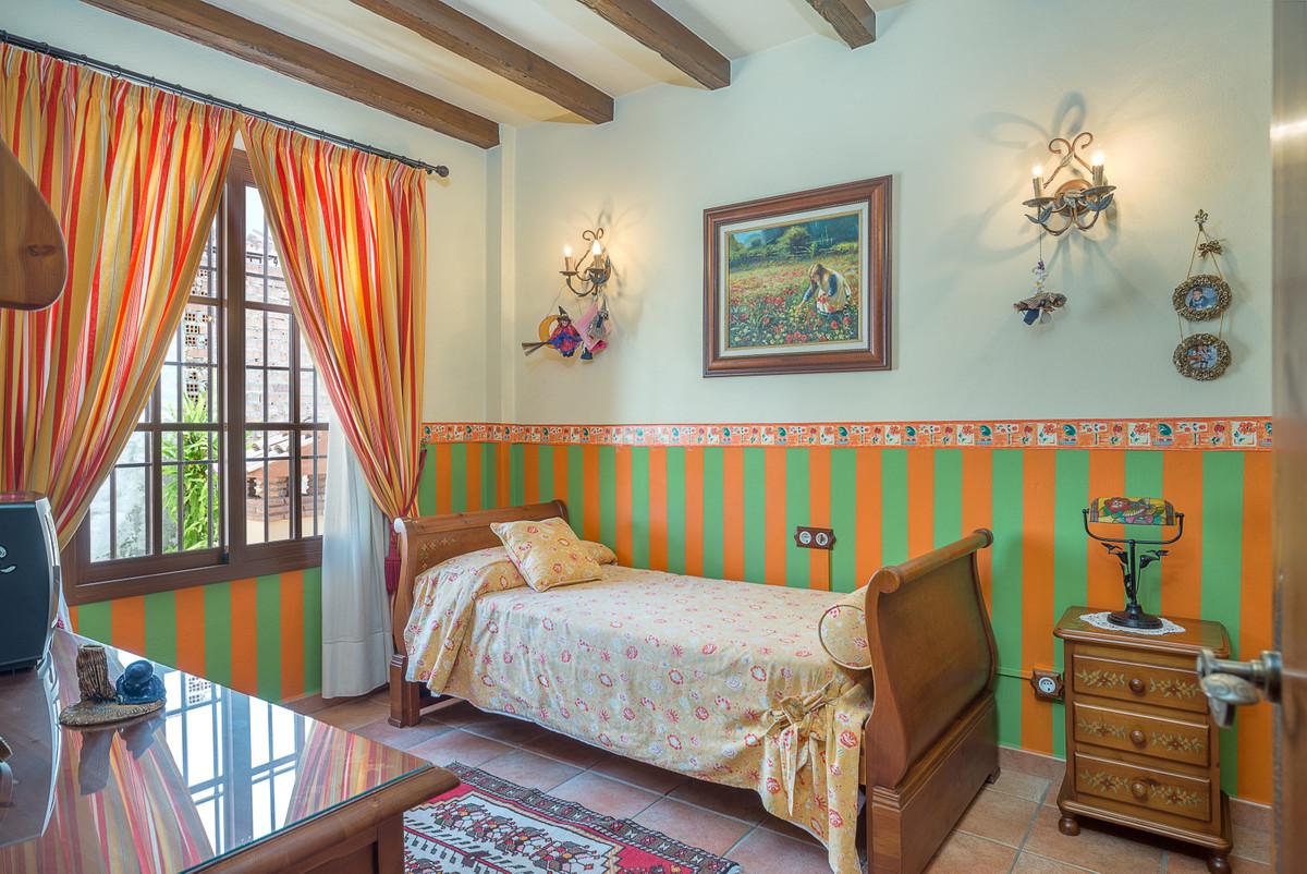 House in Alhaurín el Grande R3875536 17