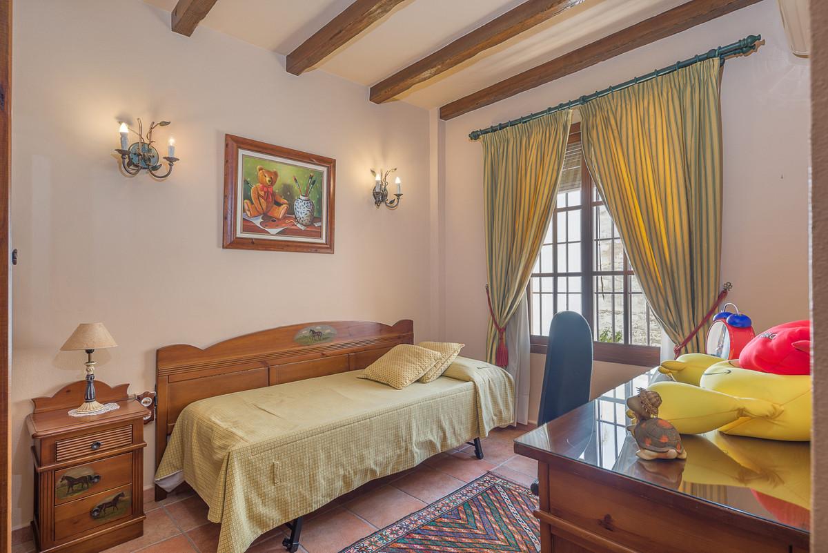 House in Alhaurín el Grande R3875536 19