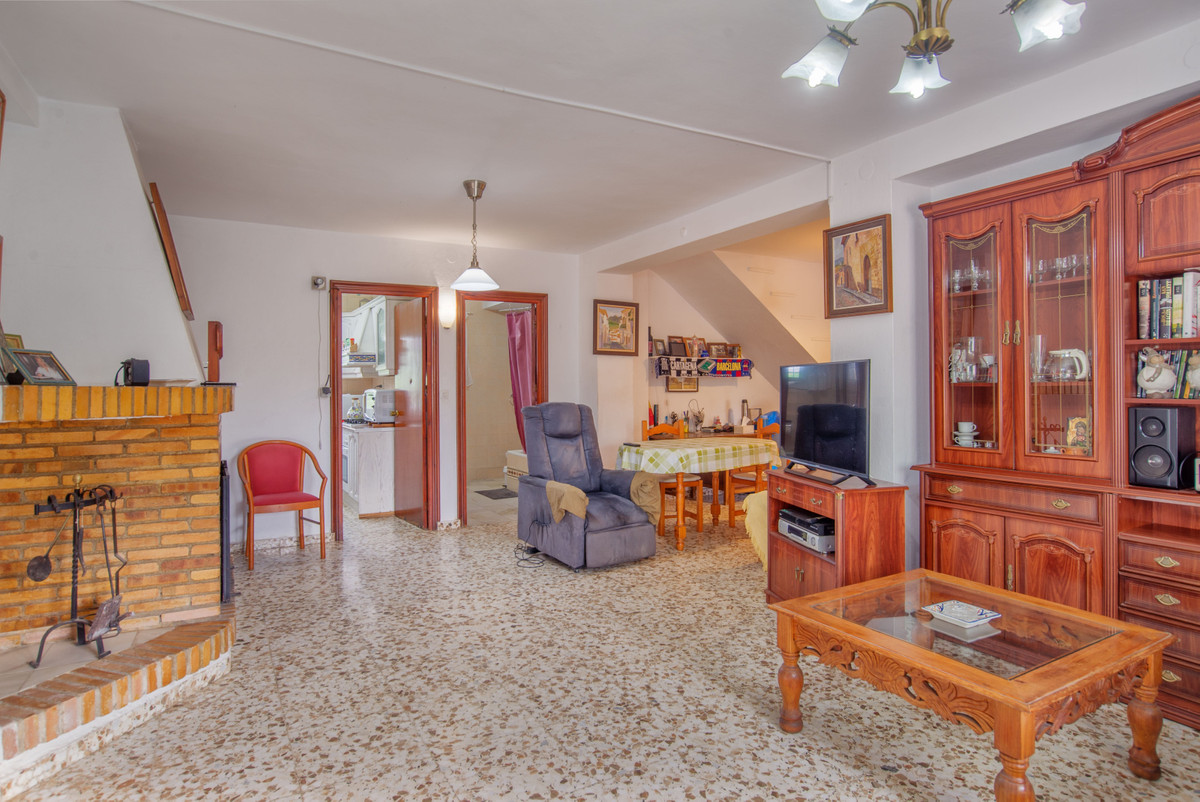 House in Alhaurín el Grande R3857050 4