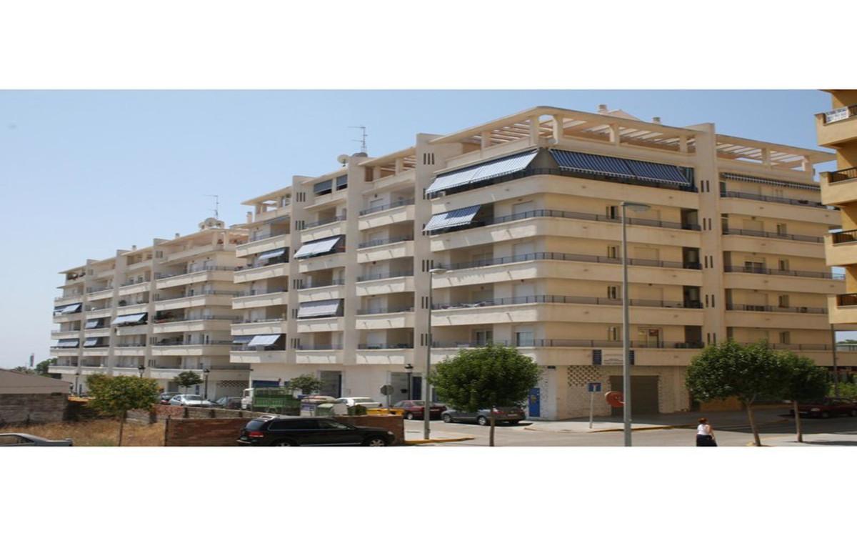 Middle Floor Apartment, San Pedro de Alcantara, Costa del Sol. 1 Bedroom, 1 Bathroom, Built 55 m², T,Spain