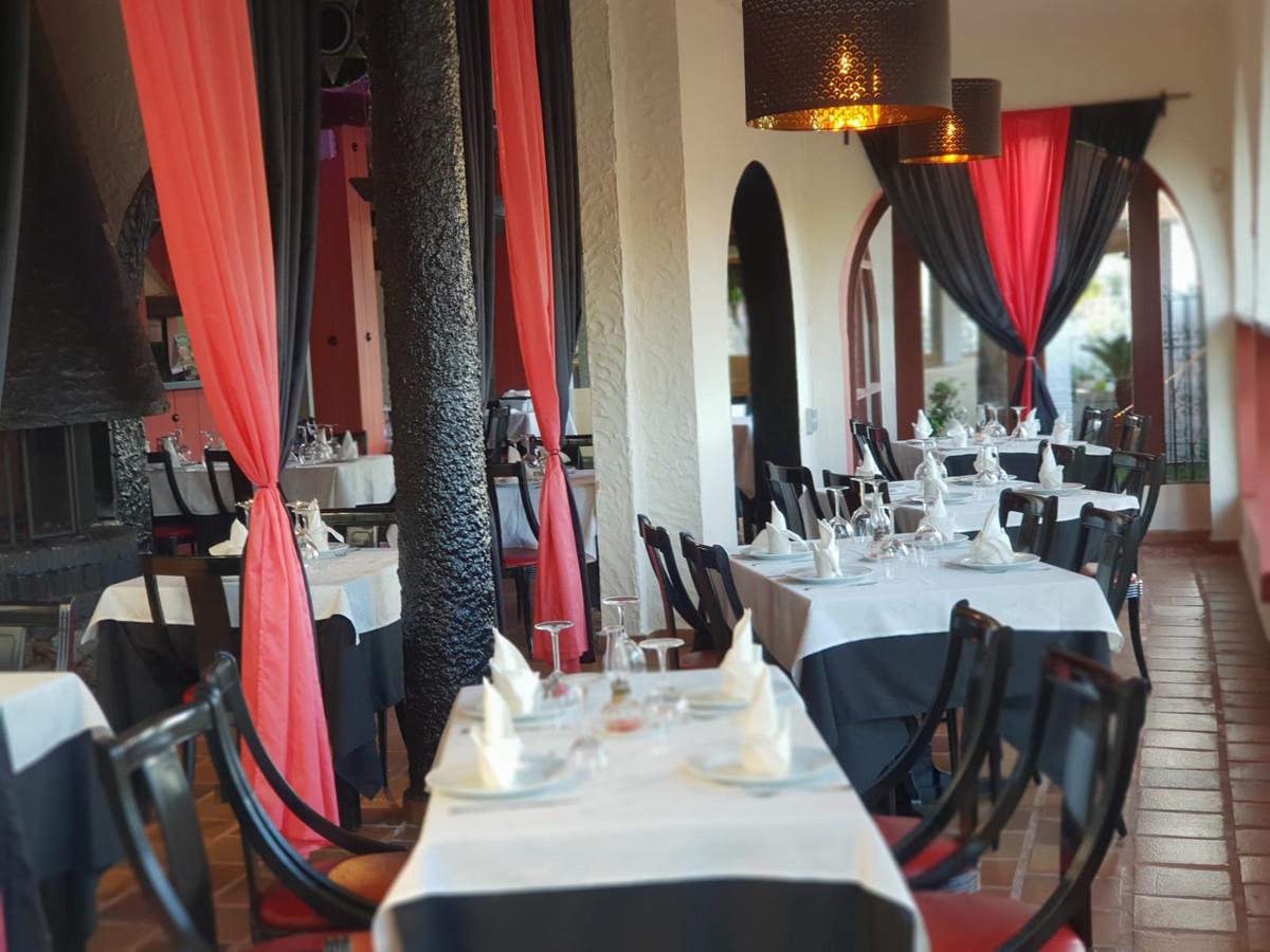 Restaurant, Marbella, Costa del Sol. Built 480 m², Terrace 260 m², Garden/Plot 260 m².  Setting : Co,Spain