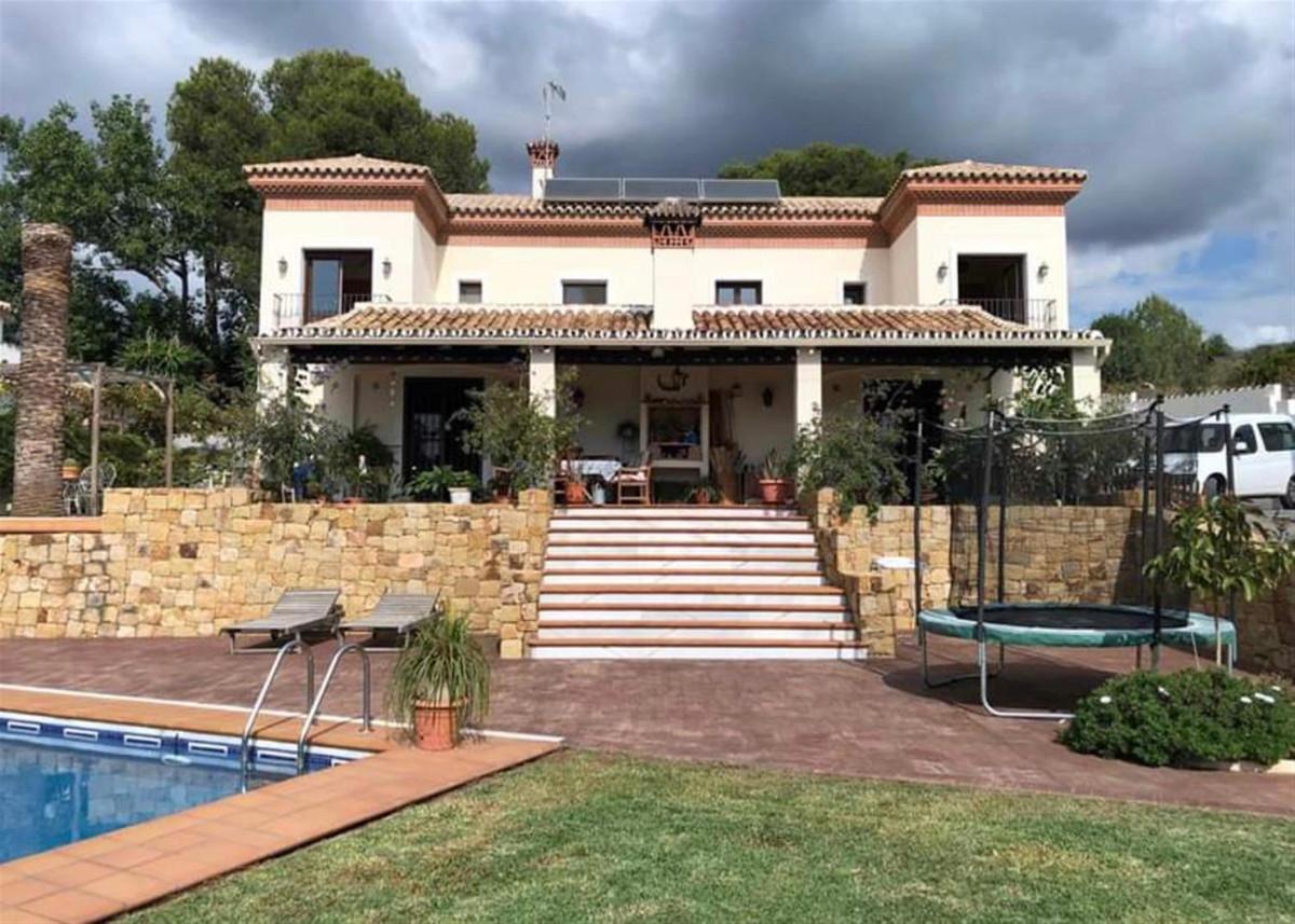 Villa - Chalet en venta en Marbella R3762880