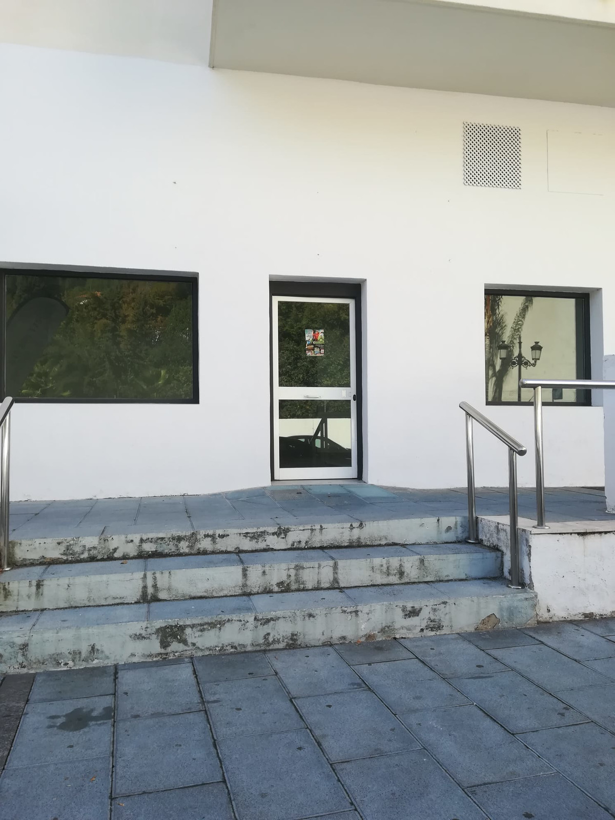 Commerce, Bureau  en vente   et en location    à Marbella
