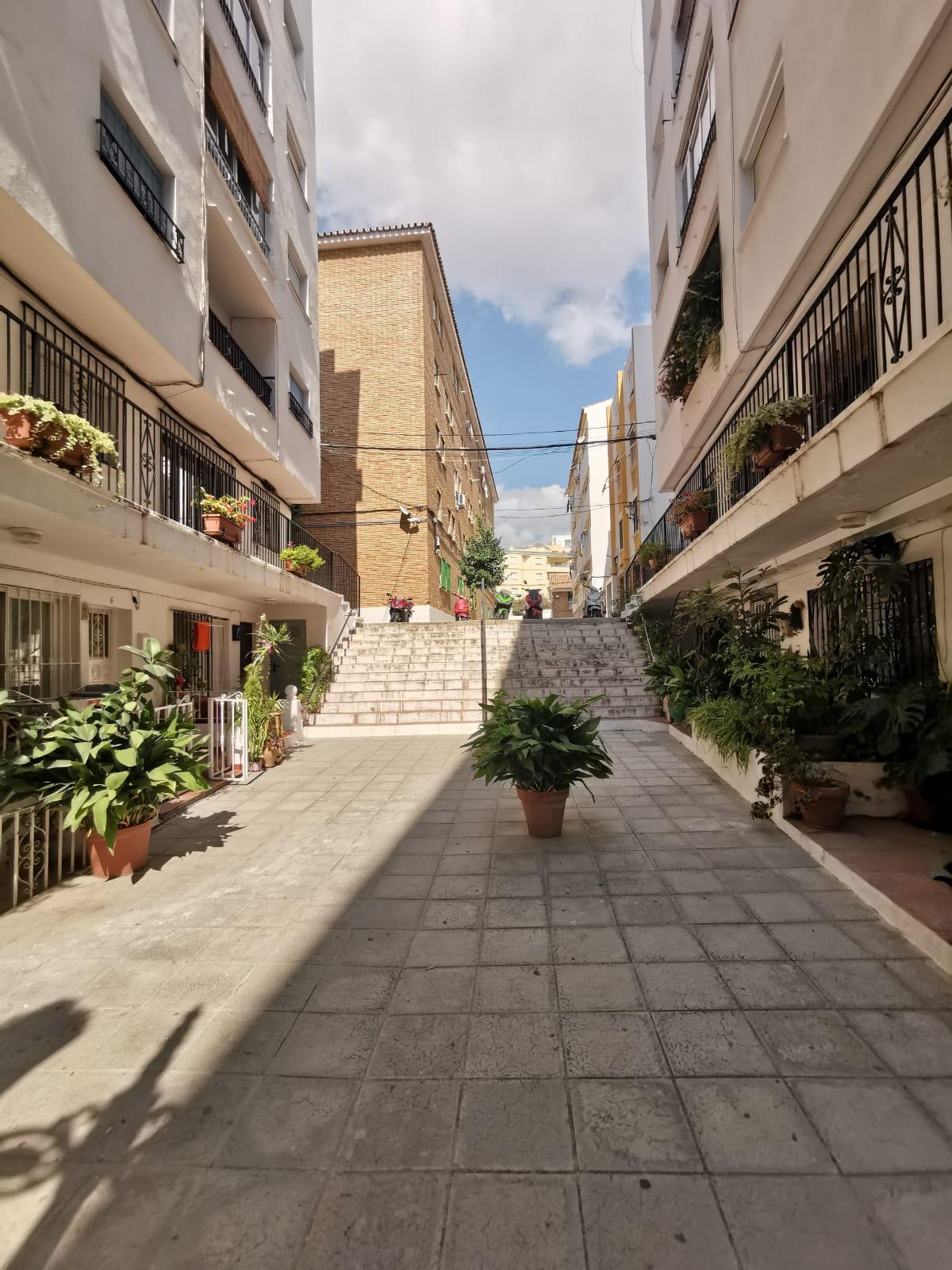 Local comercial  en venta    en Marbella