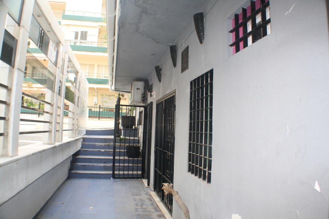 Opportunity Local on Avenida Ricardo Soriano with license of Bar.  Fantastic location in Marbella to,Spain