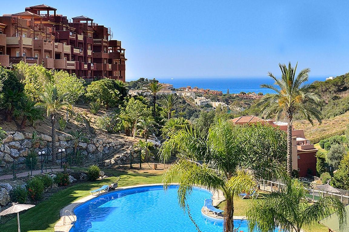 Exclusive apartment in La Reserva de Marbella, closed urbanization with 24h surveillance, gardens an,Spain