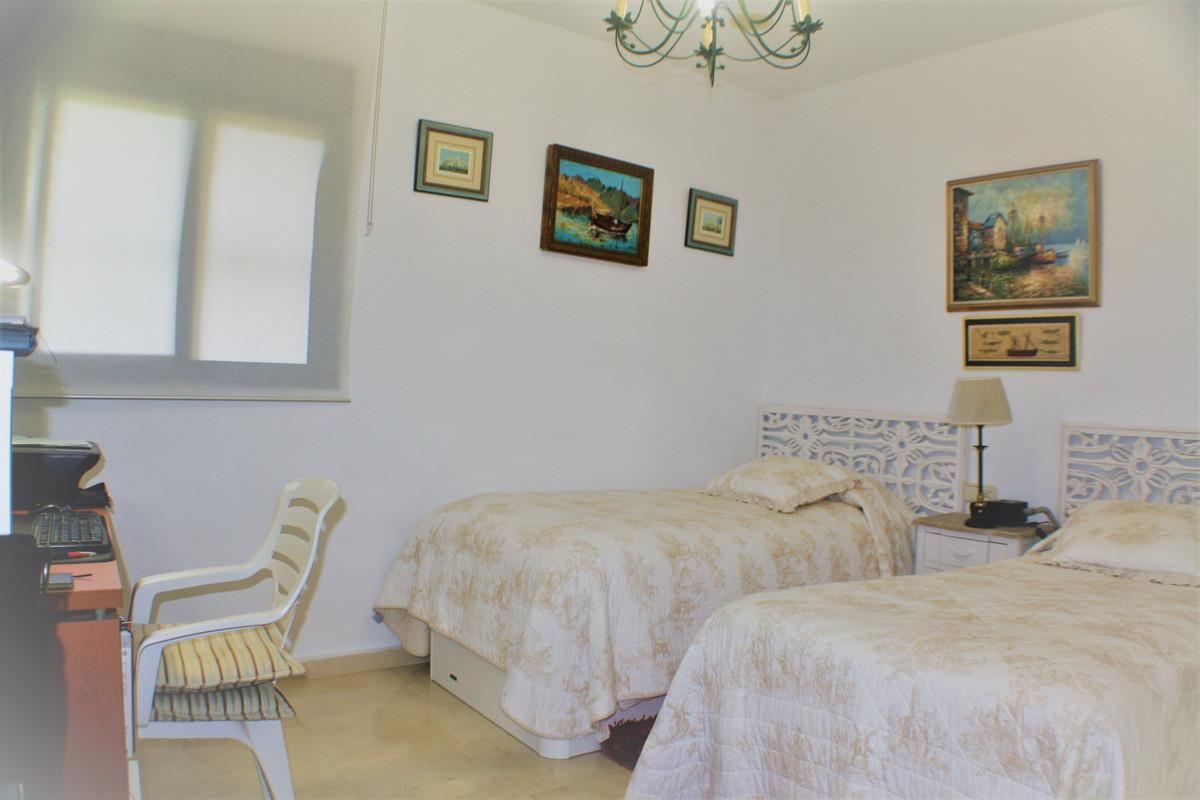 2 Bedroom Apartment for sale Guadalmina Alta