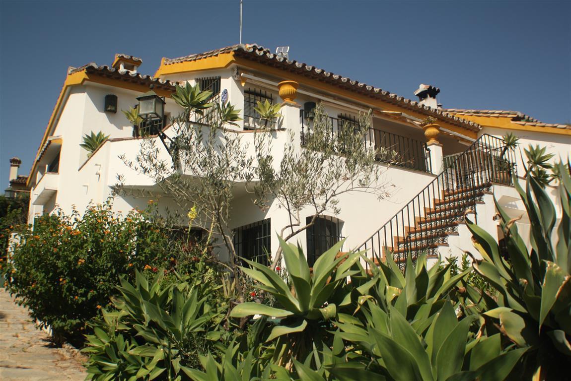 MAGNIFICENT VILLA IN MARBELLA, !!!  Fabulous villa in a magnificent residential area of Marbella tha,Spain