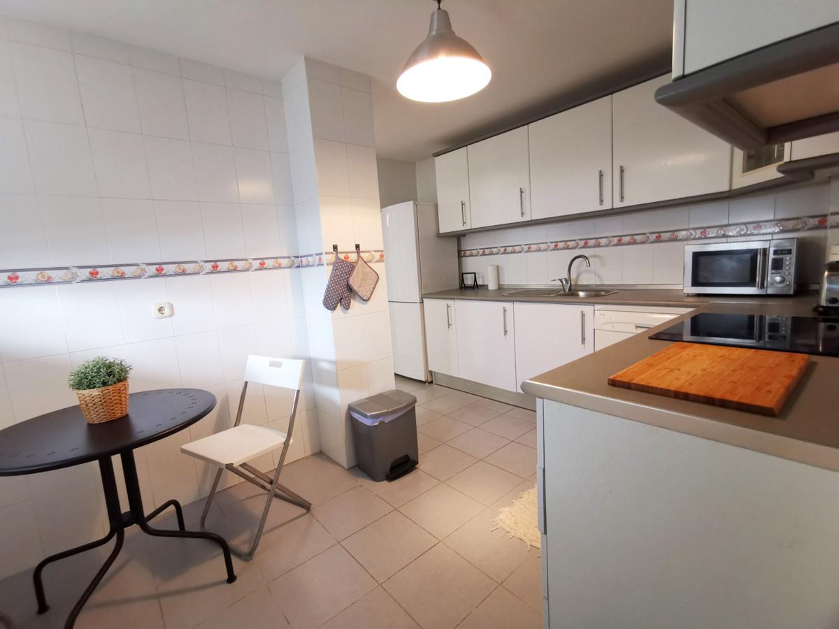 3 Bedroom Middle Floor Apartment For Sale Guadalmina Baja