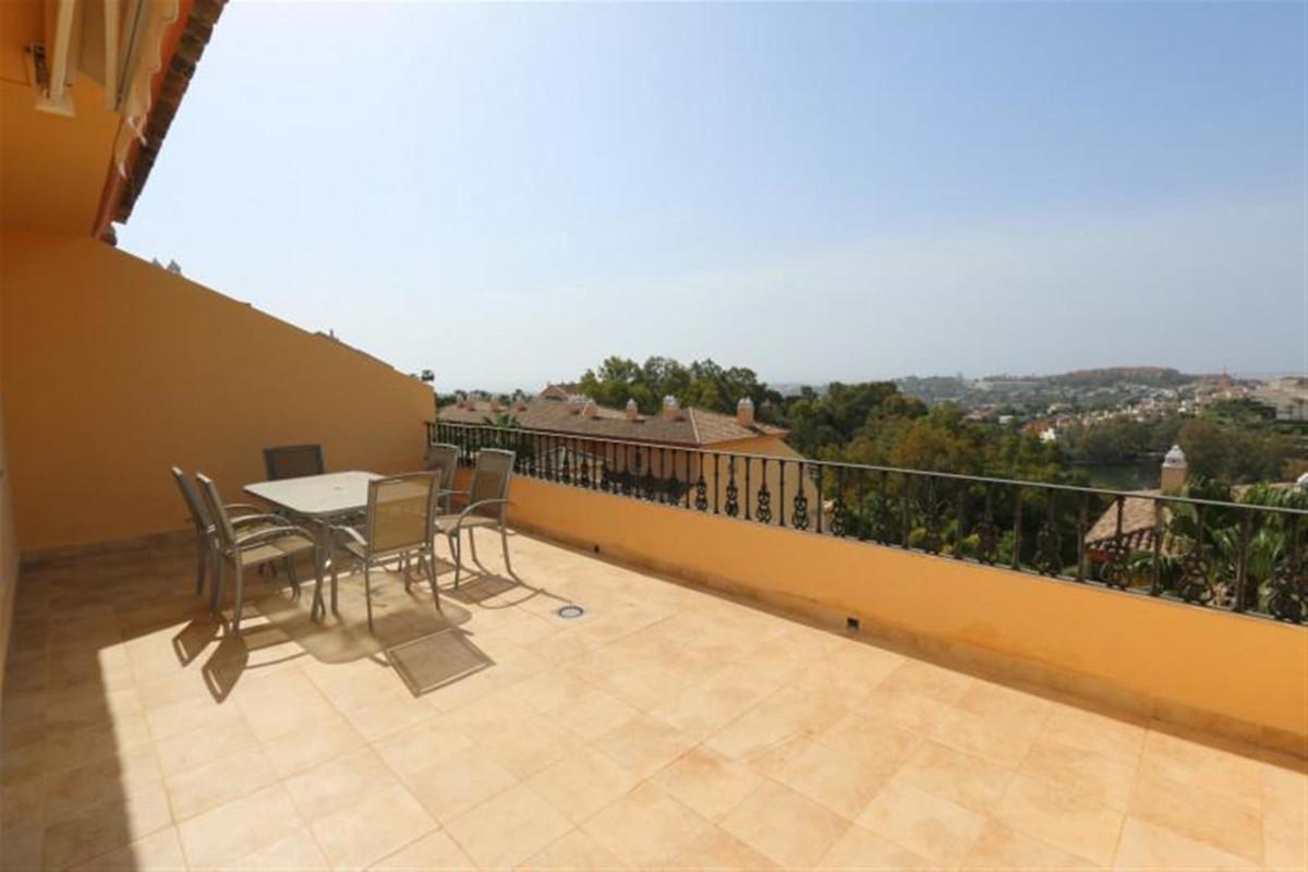 3 dormitorio apartamento en venta nueva andalucia