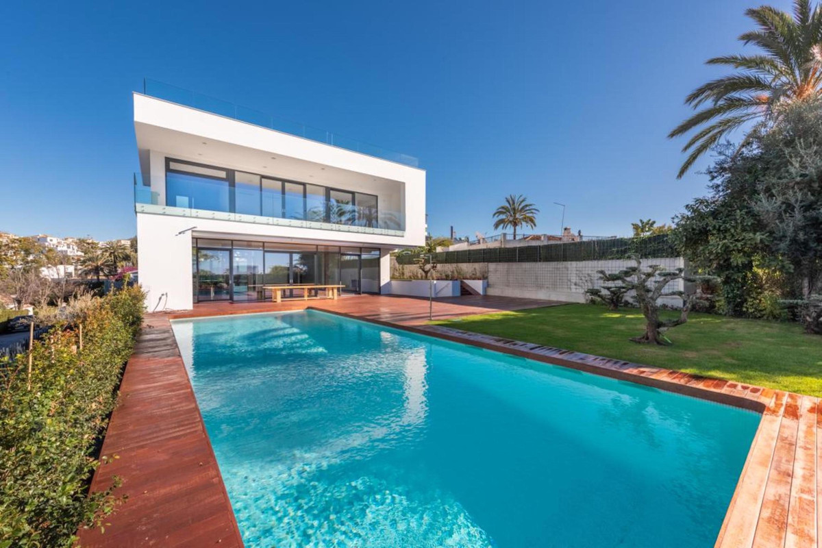 Villa en vente à Nueva Andalucía R3397702