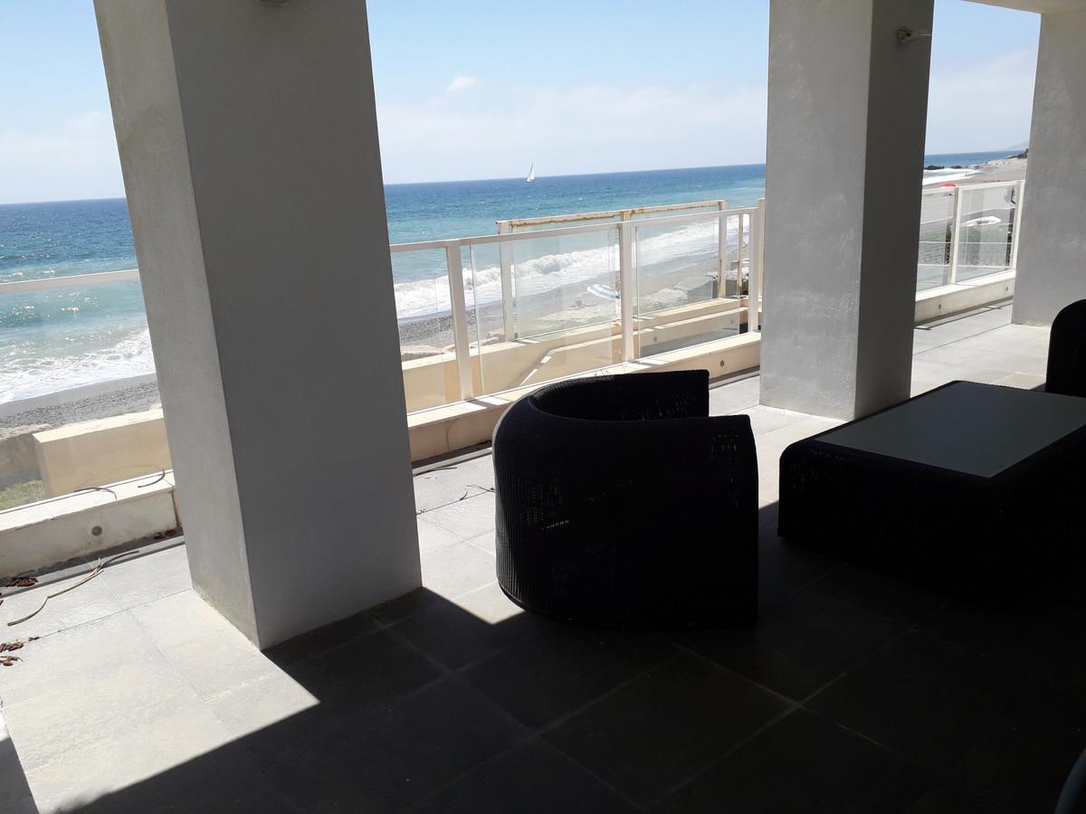 Villa Detached Estepona Málaga Costa del Sol R3421399 2