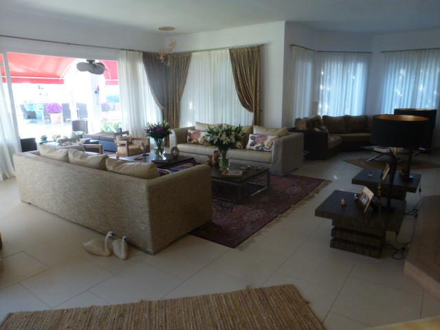House in Benahavís R2388410 11