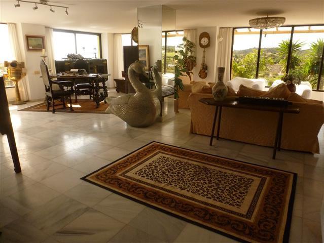 6 Sovero Villa til salgs Estepona