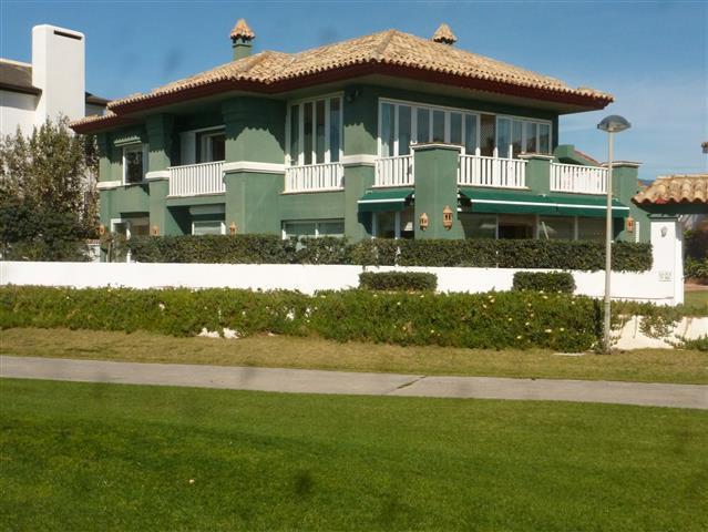 Villa  Individuelle en vente  et en location  à Guadalmina Baja