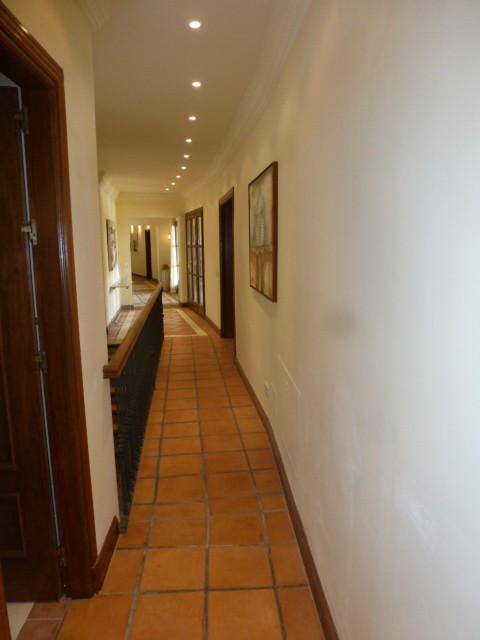 6 Habitaciones 6 Baños Referencia del Inmueble: R2329936