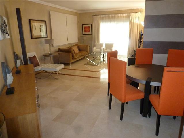 Apartamento 3 Dormitorios en Venta The Golden Mile