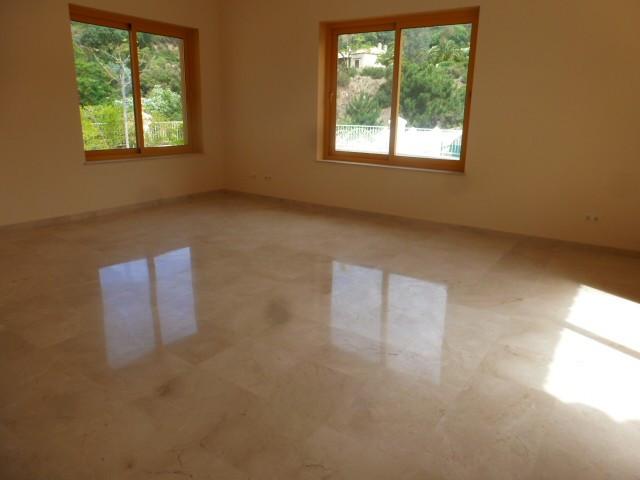 House in Benahavís R2329939 10