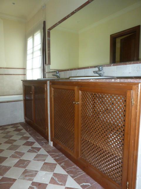 House in Benahavís R2329939 3