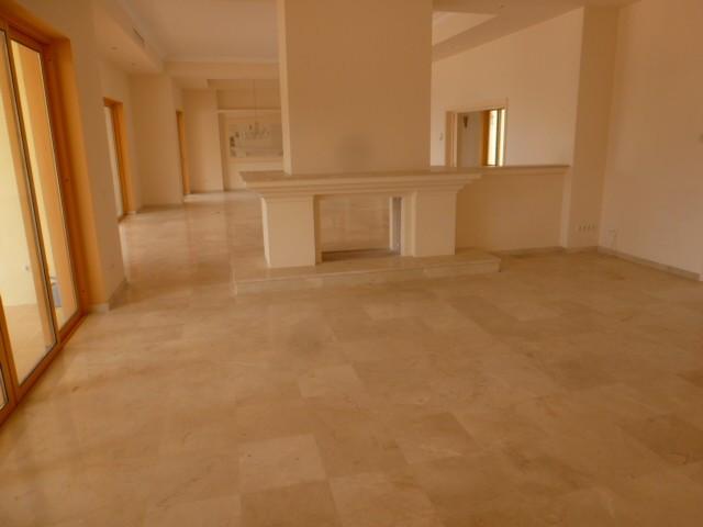 House in Benahavís R2329939 6