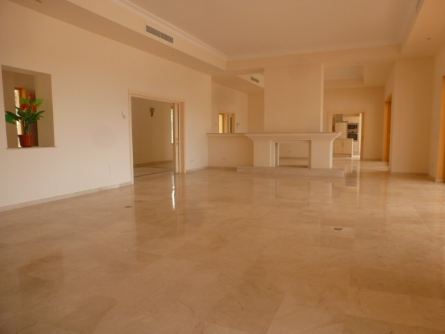 House in Benahavís R2329939 7