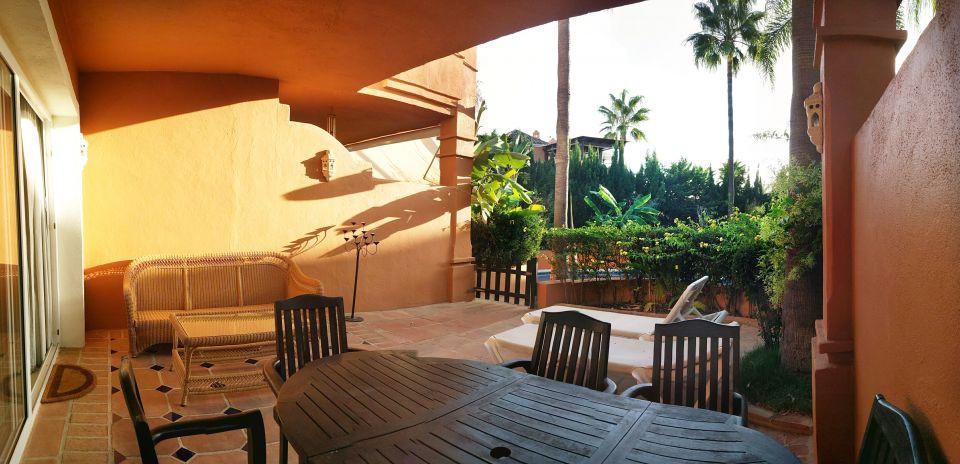 Rijhuis te koop in Bahía de Marbella R3085090