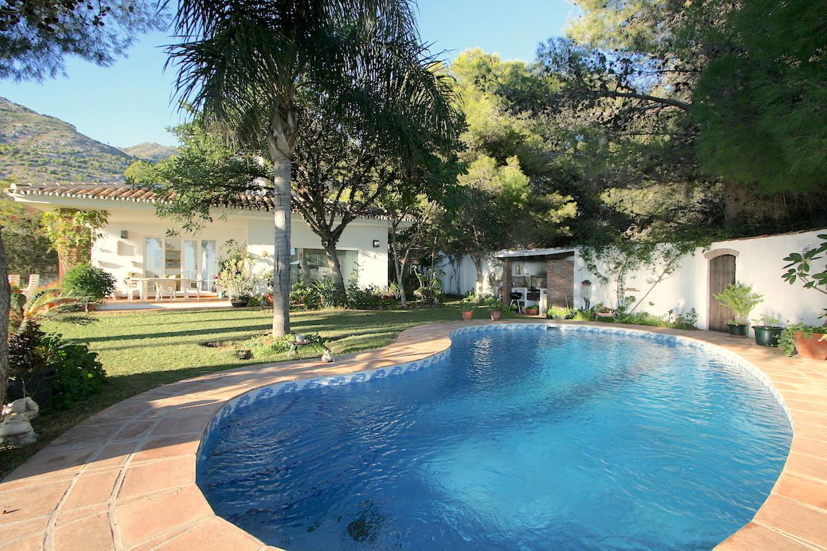 Villa Till salu i Mijas R3050488