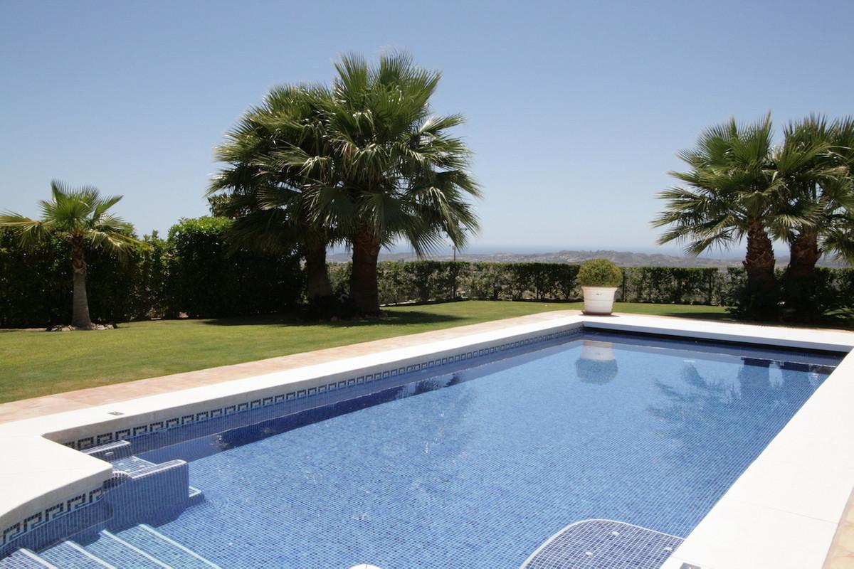 Detached Villa in Mijas R2757311