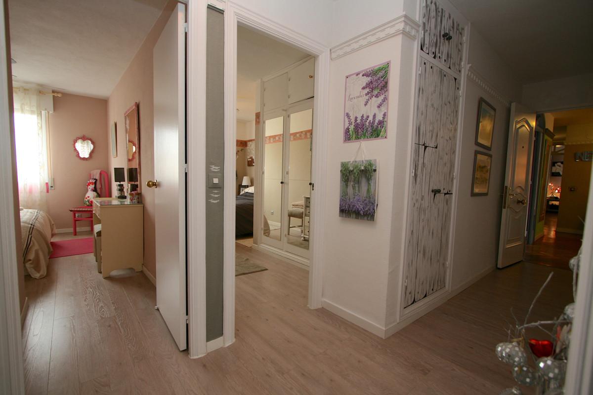 Apartment in Fuengirola R36930 14