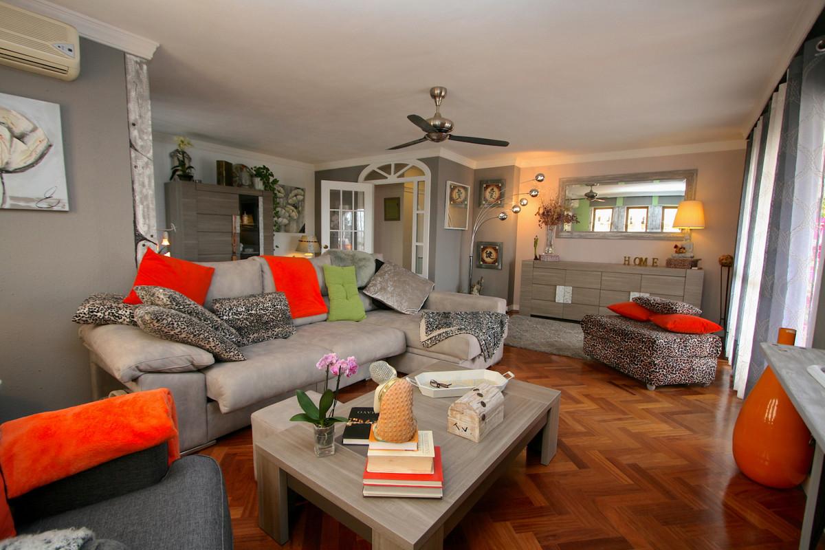Apartment in Fuengirola R36930 2