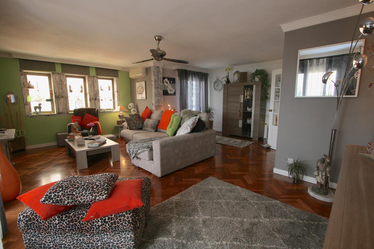 Apartment in Fuengirola R36930 3