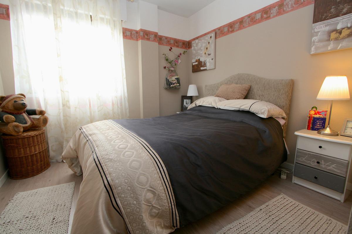 Apartment in Fuengirola R36930 6