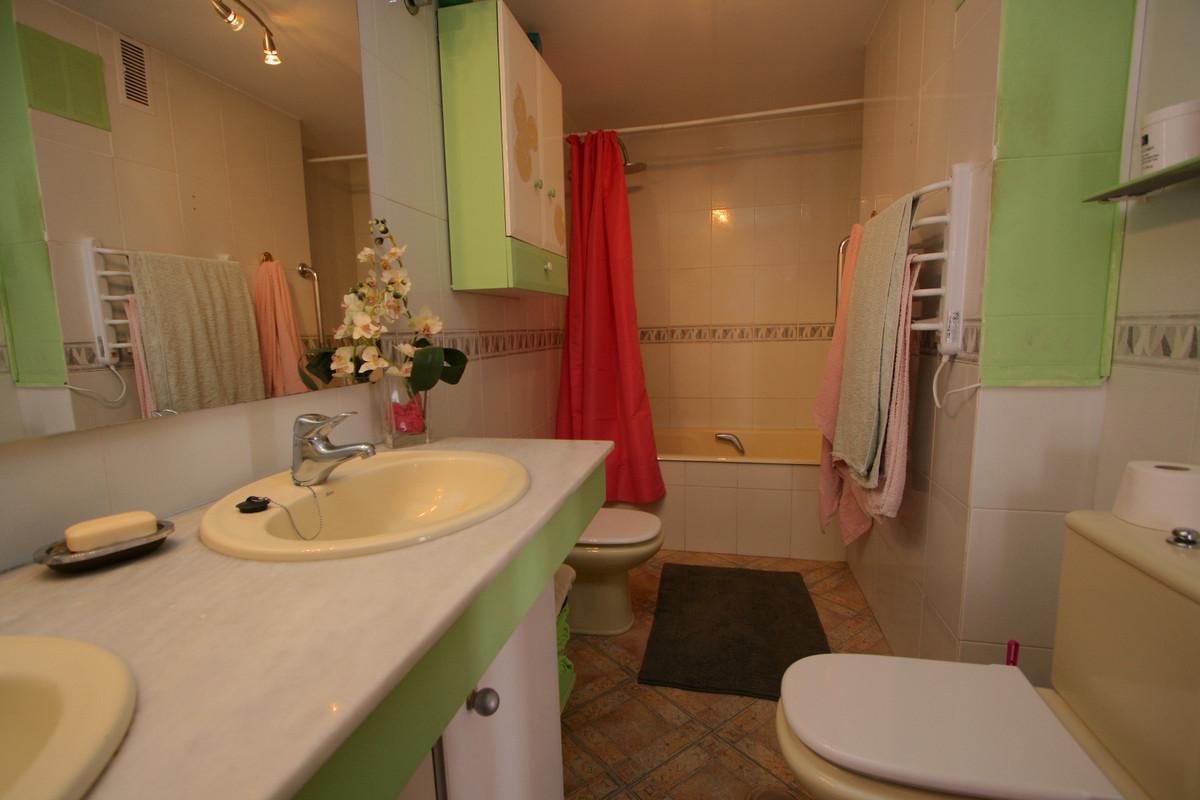 Apartment in Fuengirola R36930 7