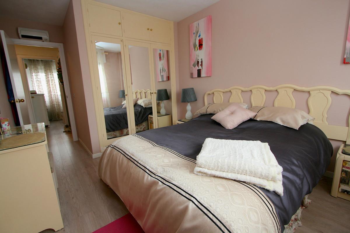 Apartment in Fuengirola R36930 9