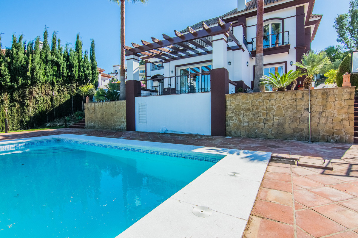 Villa Individuelle à La Cala Golf R3059572