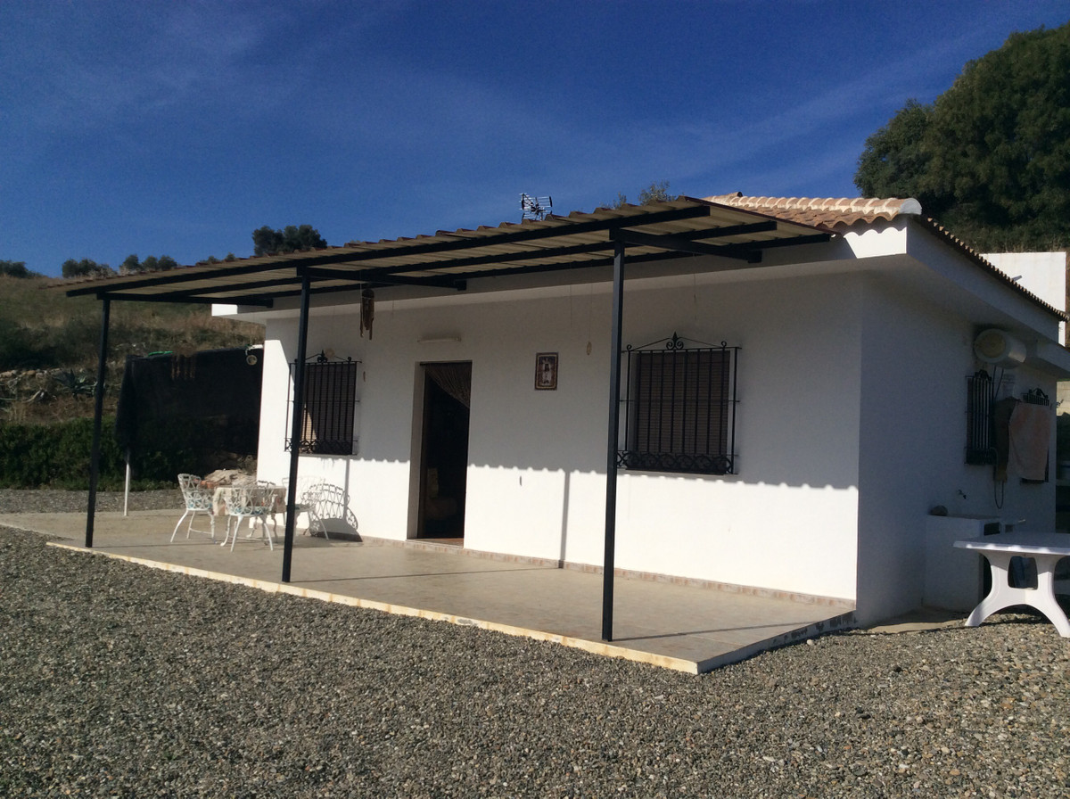 Freistehende Villa zu verkaufen in Guaro