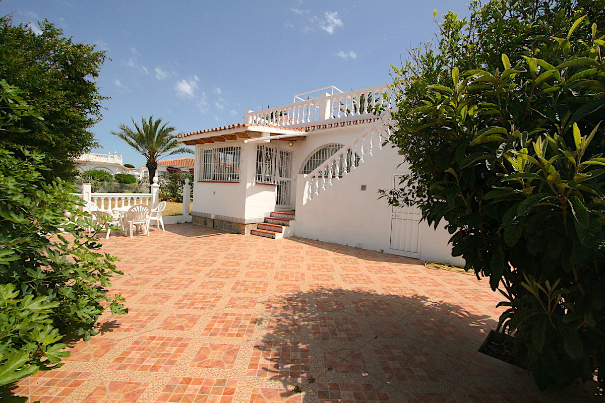 One level villa in El Faro (Mijas Costa). This is a lovely property of 452 m2 plot and 94 m2 of buil,Spain