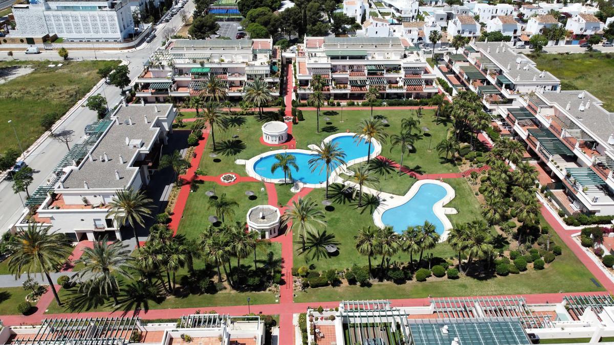 Mitte Stock Wohnung zu verkaufen in Nueva Andalucía R3684581
