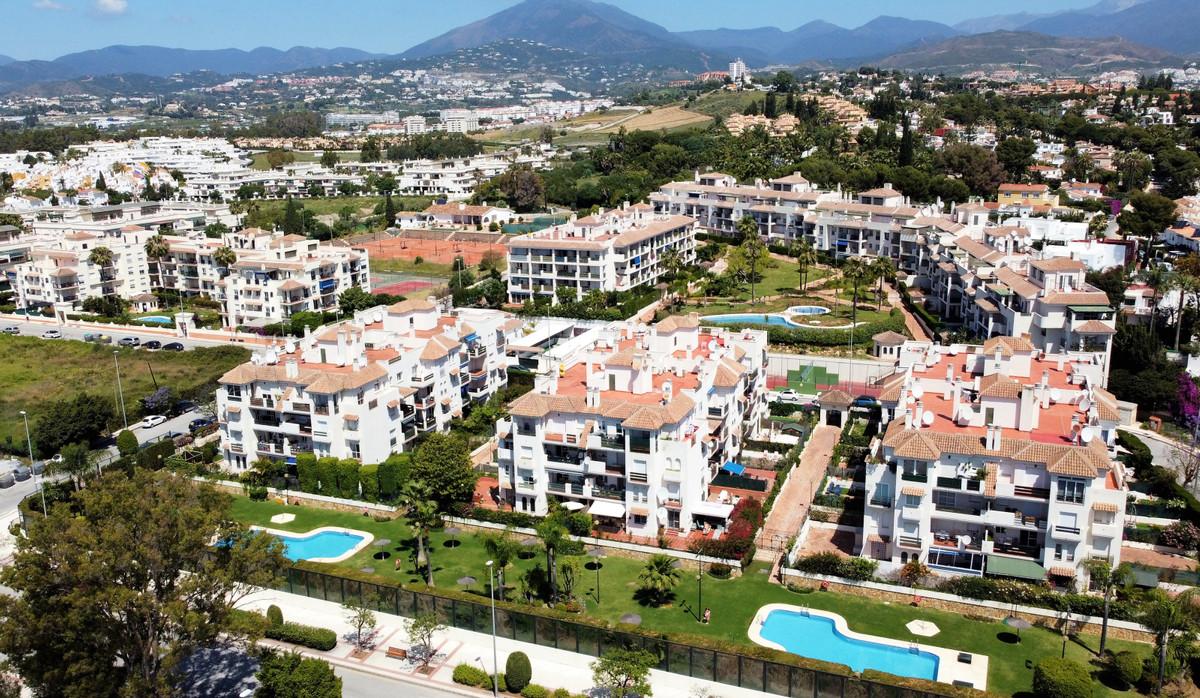 * Nueva Andalucia, next to Puerto Banus Very nice 2-bedroom, 1- bathroom apartment in a very nice an,Spain