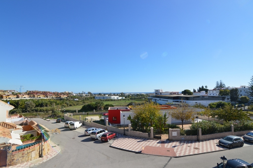 Cancelada, Estepona. Fantastic 3 bedroom townhouse in the popular area of Cancelada, within walking ,Spain