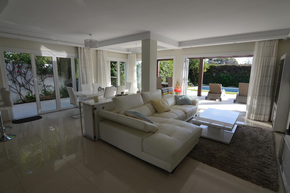 House in Atalaya R3047741 21