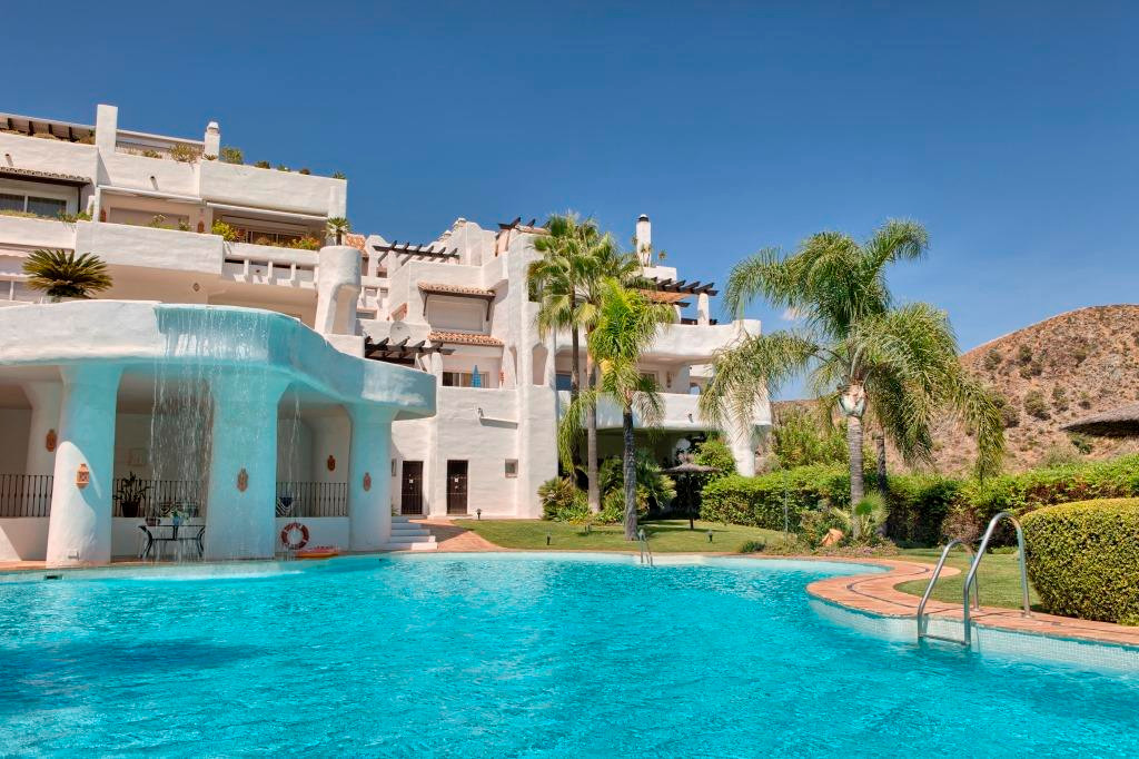 LOMAS DE LA QUINTA, BENAHAVIS REDUCED FROM 425,000 EUROS!  LA QUINTA, BENAHAVIS- Beautiful spacious ,Spain