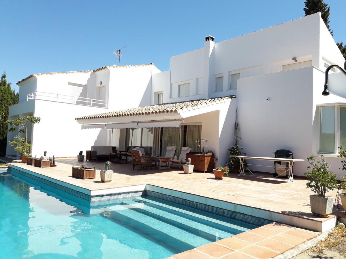 House in Atalaya R3403813 1