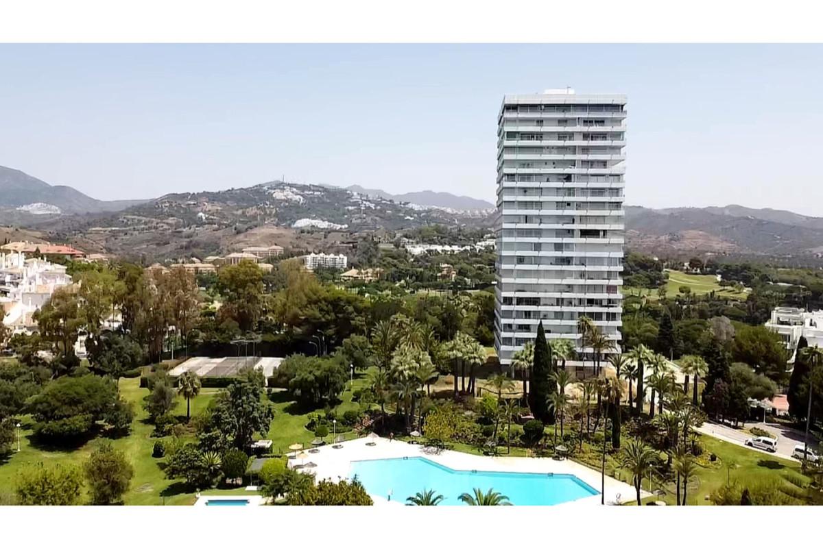 Mitte Stock Wohnung in Marbella R2373770