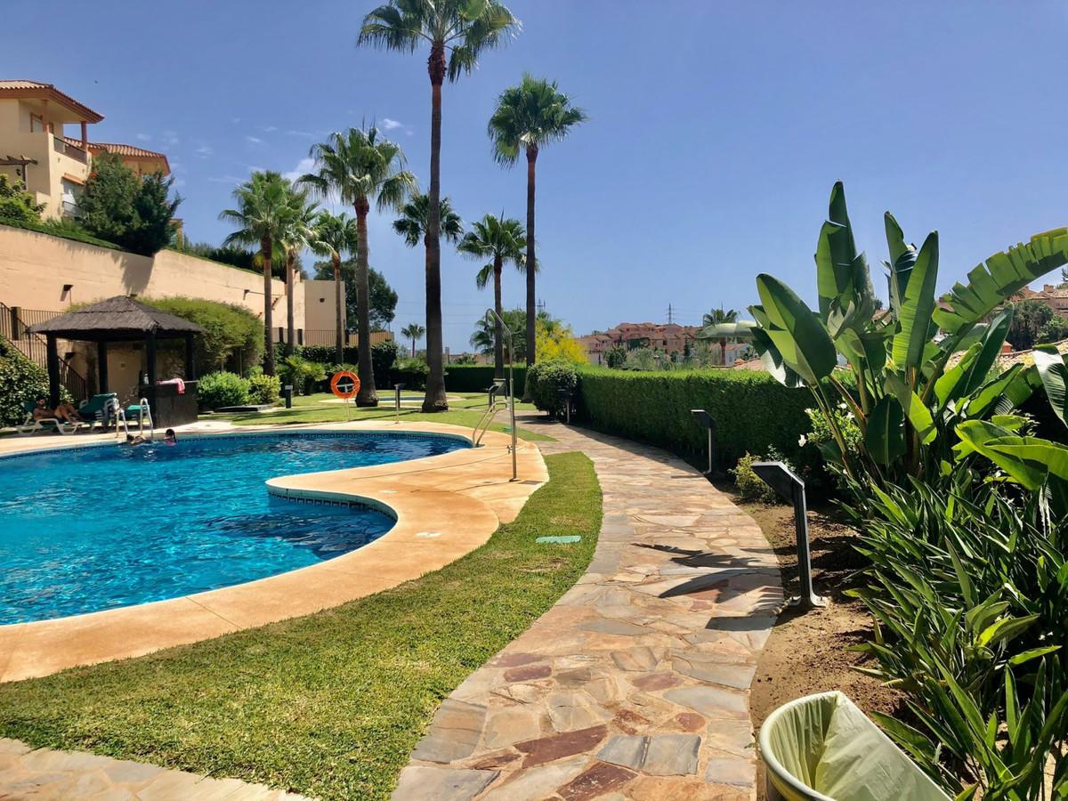 Villa te koop in Riviera del Sol R3921376