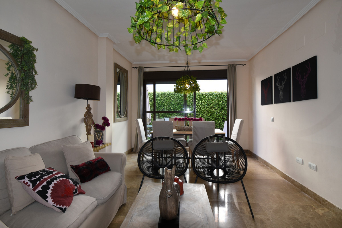 Apartment · Selwo