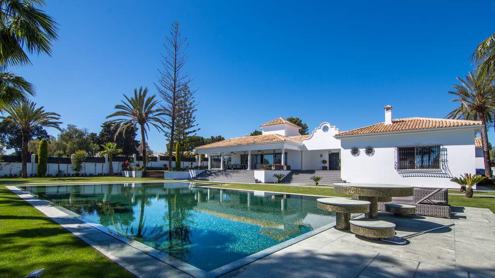 Villa · The Golden Mile